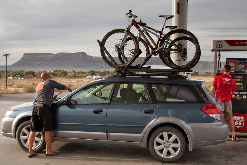 Essential Tips For Choosing A Roof Rack For Your Car